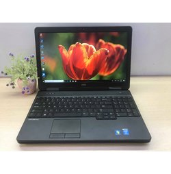 Dell Latitude E5540 Core i5 VGA rời